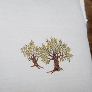simple-linen-pillowcase-with-embroidery-rustic